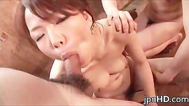 Sexy Japanese milf cock blowing part3