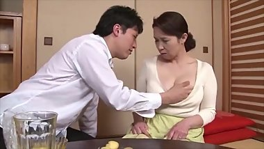 Japanese horny milf with big boobs HD