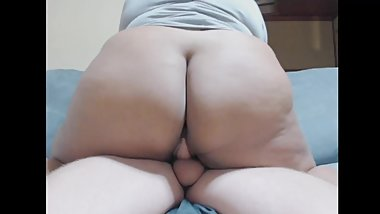 Thick Young Teen Rides Dick (creampie)