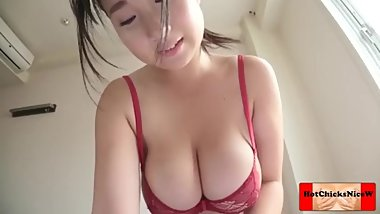 SOLO JAPANESE BIG TITS !