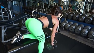 Hot brunette in tight green leggings sexy ass workout at the fitness club !